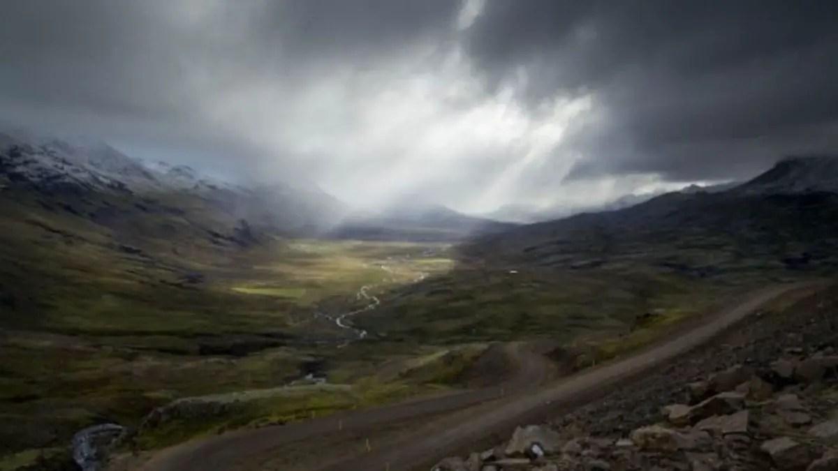 Death Stranding Iceland roaming simulator 2019