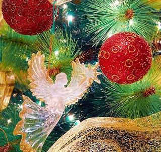 A Christmas week link list