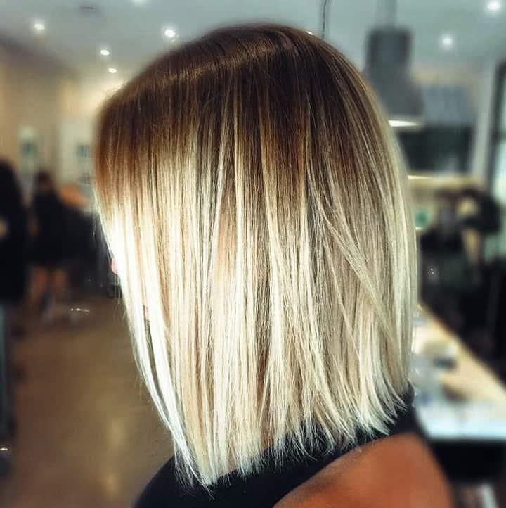 Inspirationen Frisuren Bob Blond Einfache Frisur in cooler Honigblondine