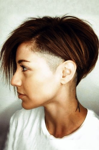 Wunderbar Frisuren Bob Asymmetrisch Rasierte Seite Asymmetrischer Bob