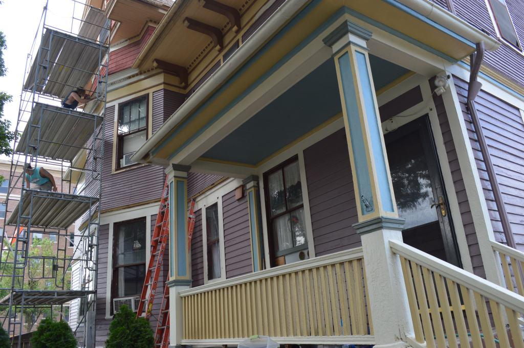 Cedar Rapids Owner of Historic Home in Race to Make Repairs
