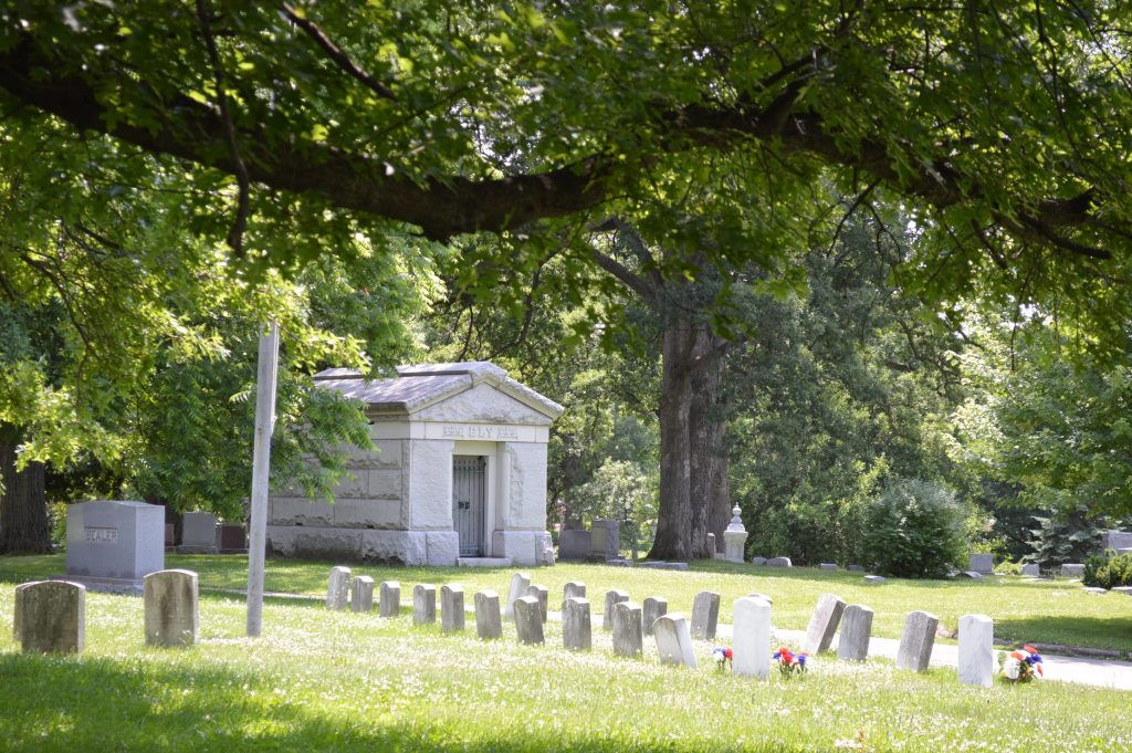 Historic Oak Hill Cemetery caretaker's home to soon disappear