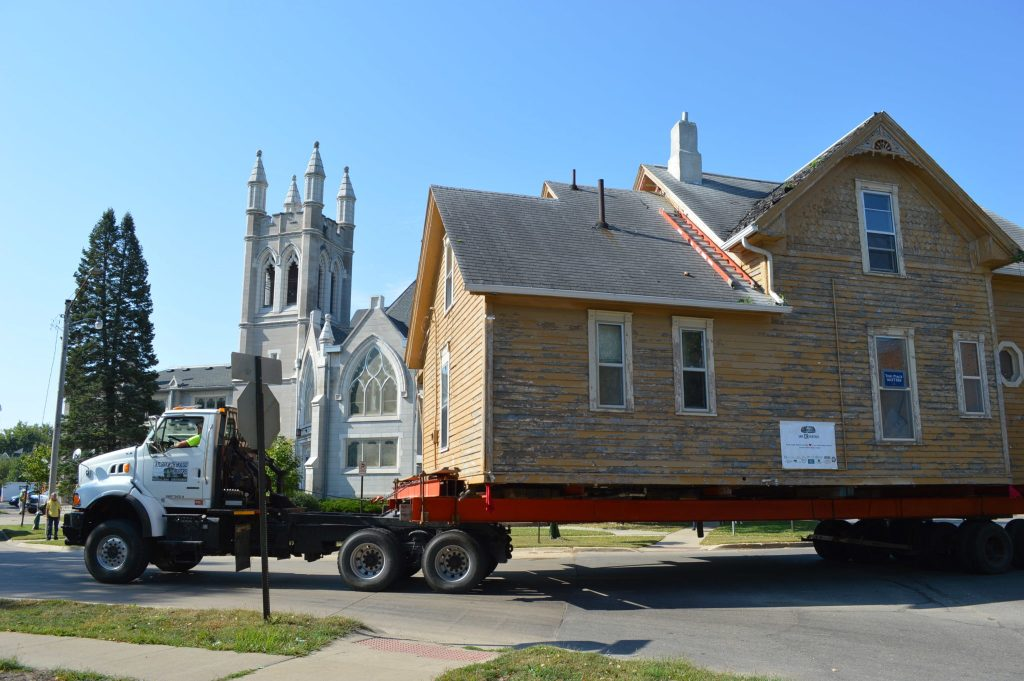 The Frankie House rolls past Westminster Presbyterian Church in Cedar Rapids on Sept. 16, 2015. (photo/Cindy Hadish)