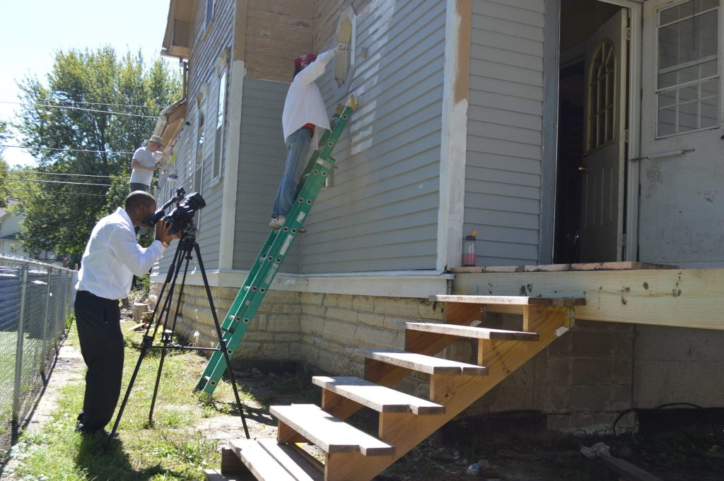 Both KCRG-TV9 and KGAN/CBS-2 provided coverage of the anniversary of the move of the Frankie House, on Sept. 17, 2016. (photo/Cindy Hadish)
