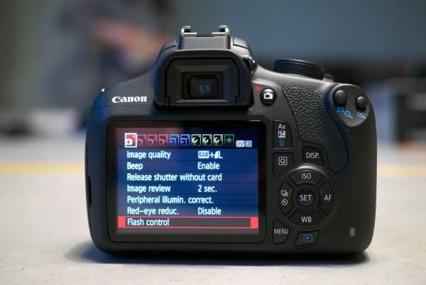 Kamera DSLR Murah EOS 1200D