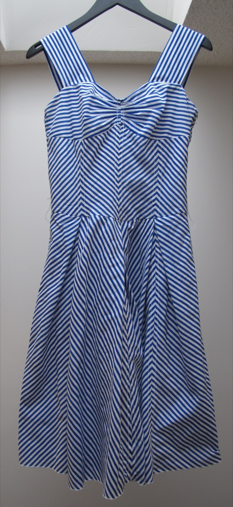 AFTER_Blue-and-White-Cotton-Striped-Dress