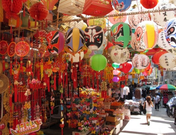 Hong-Kong-Market-Asia-Lanterns-2-Shopping-Street