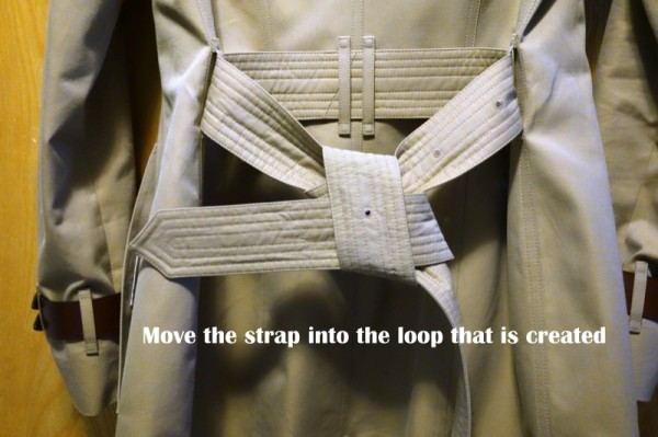 How-To-Tie-a-Burberry-Belt-Knot-10