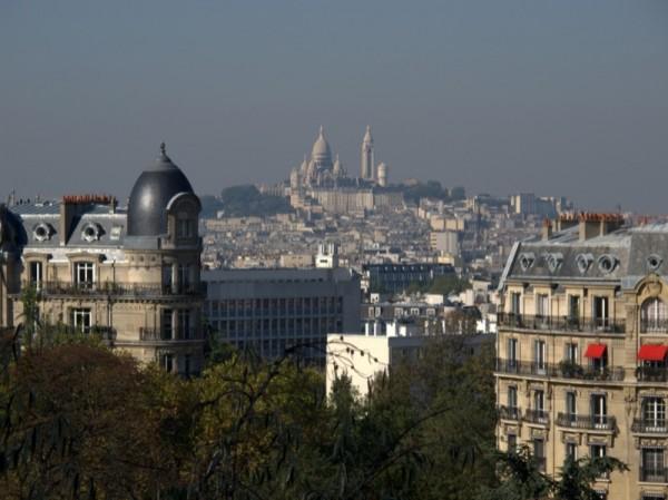 Travel-Photograph-Paris-France-View-Apartment-Montmartre