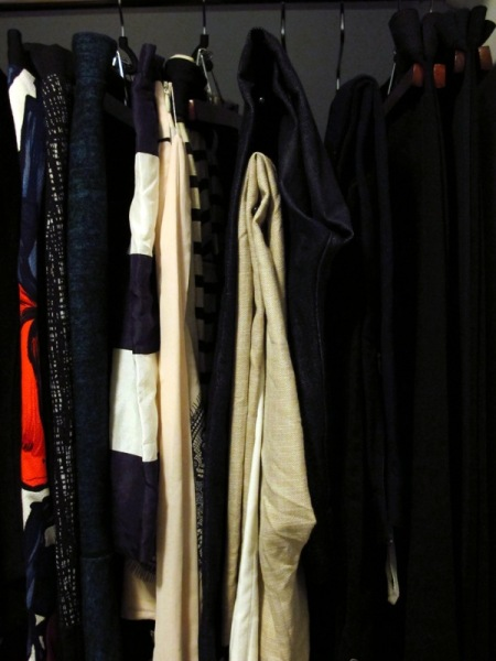 Wardrobe-Closet-Mochimac-Clothes-Skirt-Pants