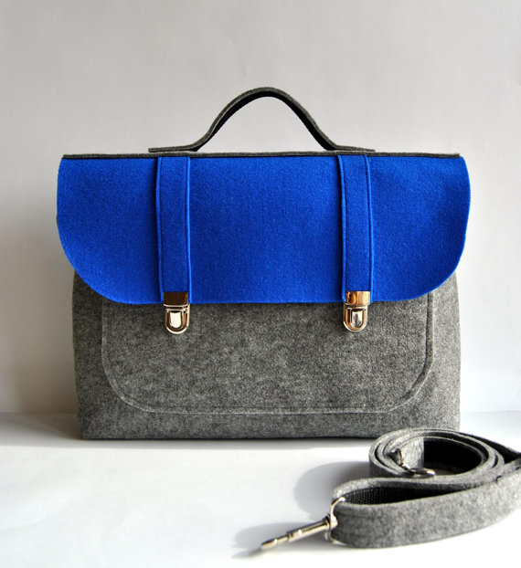 https://www.etsy.com/ca/listing/168385806/laptop-bag-17-macbook-pro-felt-laptop?ref=shop_home_active_7