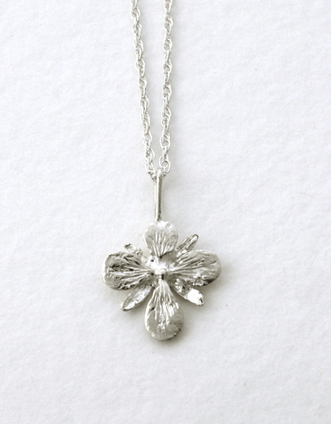 https://www.amuletteboutique.com/en/shop/herbarium/small-fireweed-necklace/