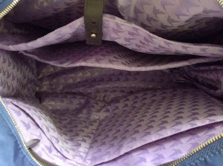 lo-and-sons-og-tote-review-navy-lavender-inside