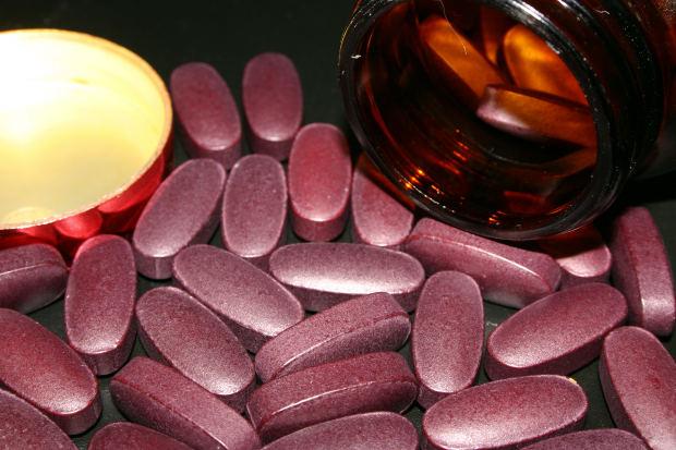 pills-health-medicine-sickness