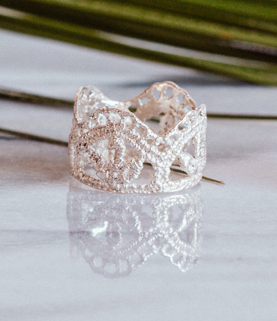 sheenajewellery-lila-leaf-ring-etsy