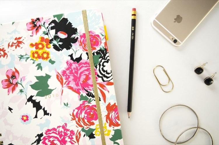work-career-desktop-laptop-planning-organizing-stock