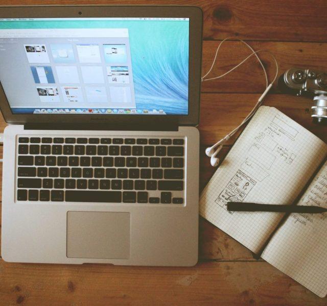 work-career-desktop-paper-pen-study-computer