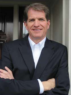 Lee H. Baucom, Ph.D., creador de Salvar tu matrimonio