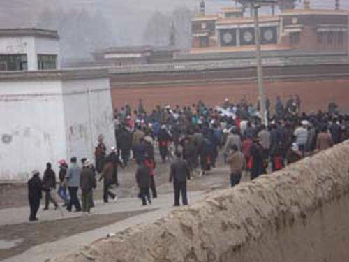 Images of protest by Tibetan children and students obtained from Tibet ...