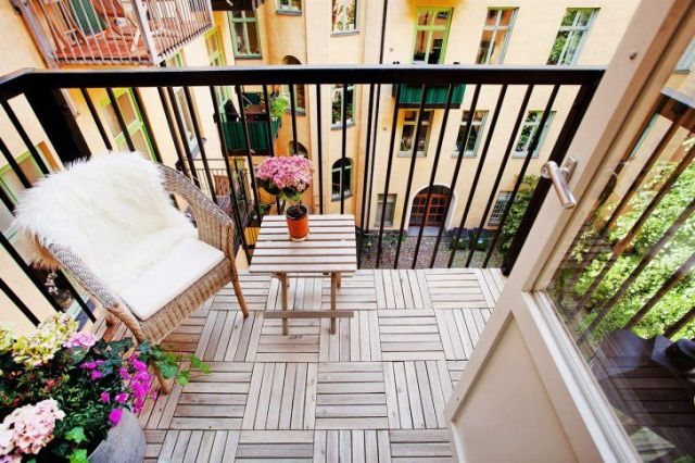 Small Balcony Decorating Ideas Savillefurniture