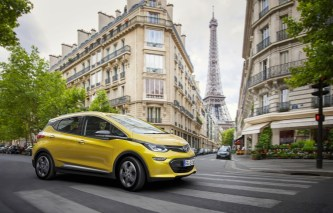 Exhibition star: The new Opel Ampera-e is celebrating its world premiere at the Paris Motor Show.