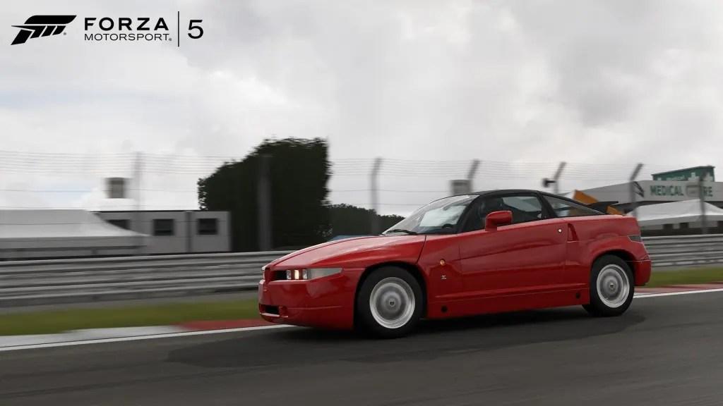 AlfaRomeoSZ-02-WM-Forza5-DLC-Bondurant-June-jpg