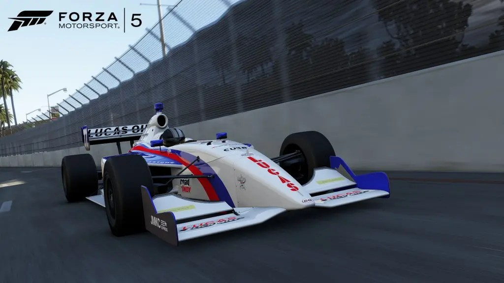 Infiniti-77-02-WM-Forza5-DLC-Bondurant-June-jpg