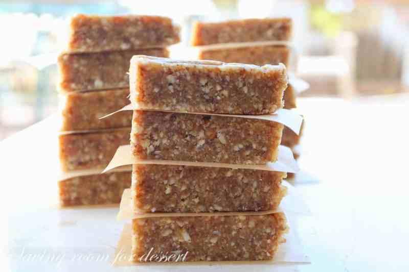 Coconut Cream Pie Larabars-10