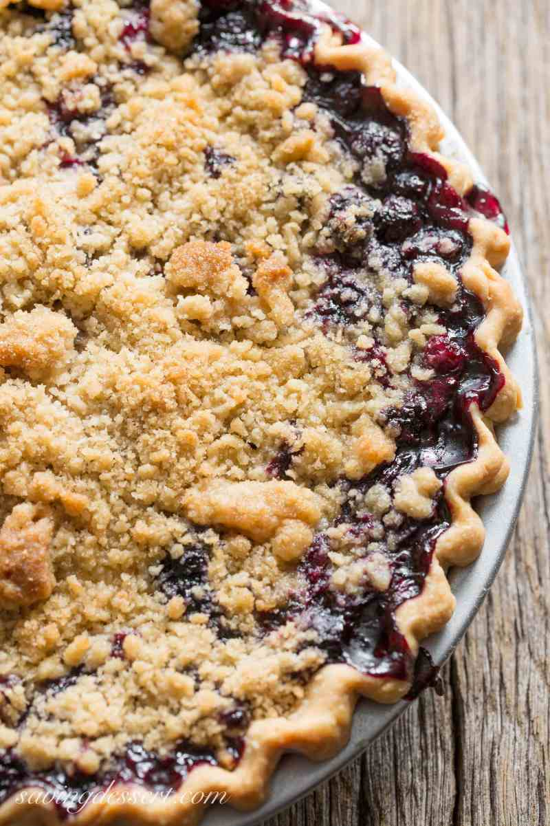 Blueberry Crumble Pie-8
