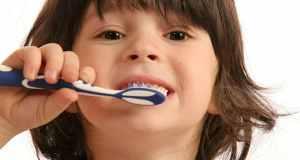 Kad i kako treba prati zube