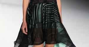 frak haljina iznad koljena