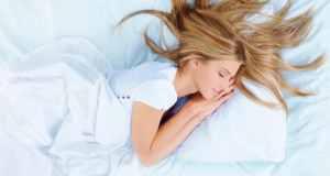 žena koja spava