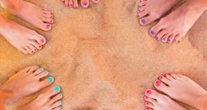 noge na pijesku