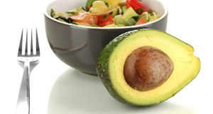 salata od avokada