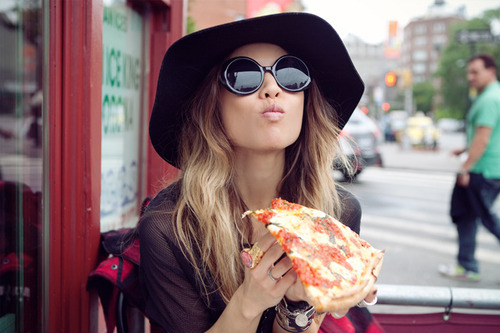 delicious-eating-fashion-girl-hair-hat-Favim_com-64777_large