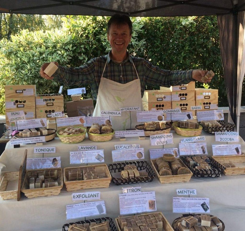 L'artisan savonnier de la Savonnerie du Colibri - Savons naturels - Savonnerie du Colibri - Arlon, à la frontière entre la Belgique, la France et le Luxembourg