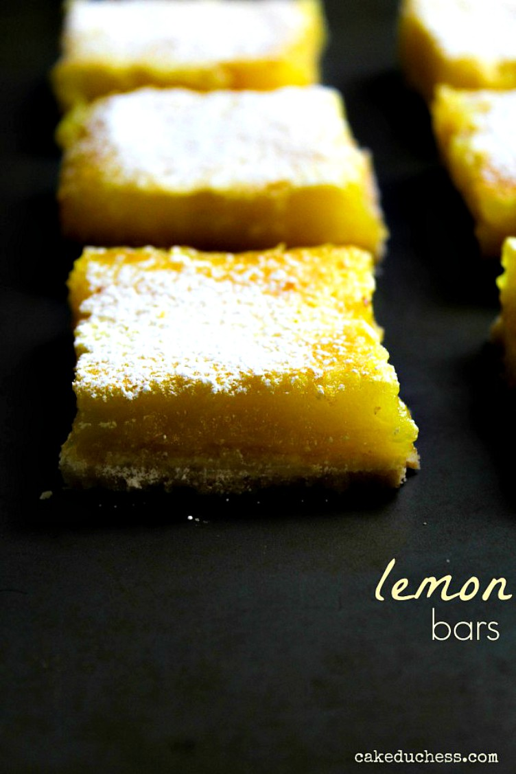 overhead image of lemon bar slices