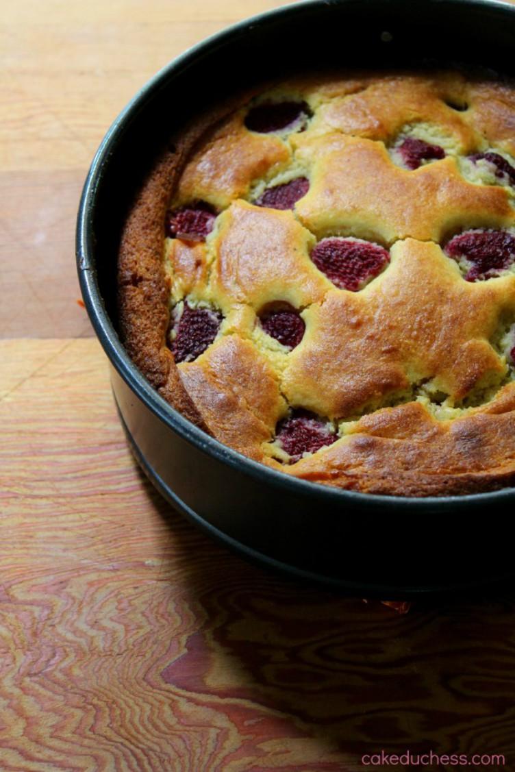 overhead image of raspberry ricotta cake