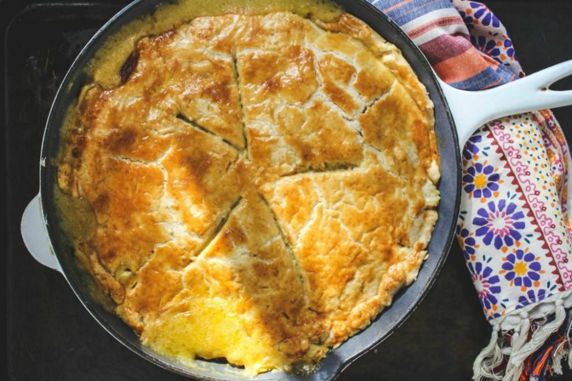 overhead image of pie in skillet