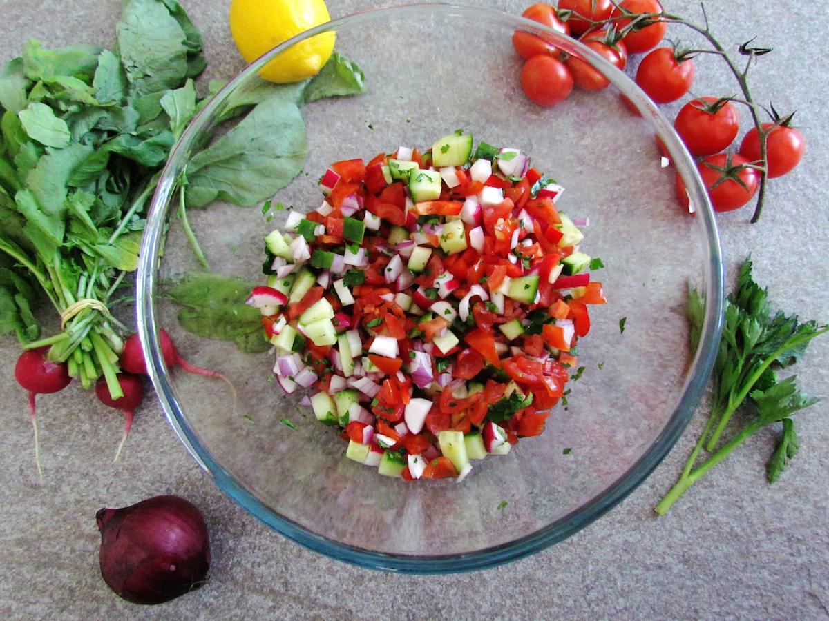 salade à l'israélienne