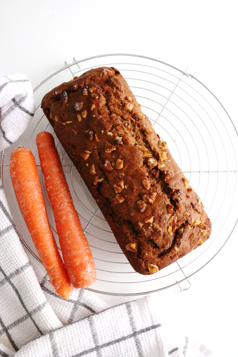 cake «healthy» aux carottes et noix