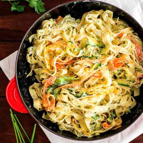 Fettuccine with Lemon Ricotta and Zucchini Recipe - A fresh and tasty pasta dish for summer, from kitchen to table in no time!