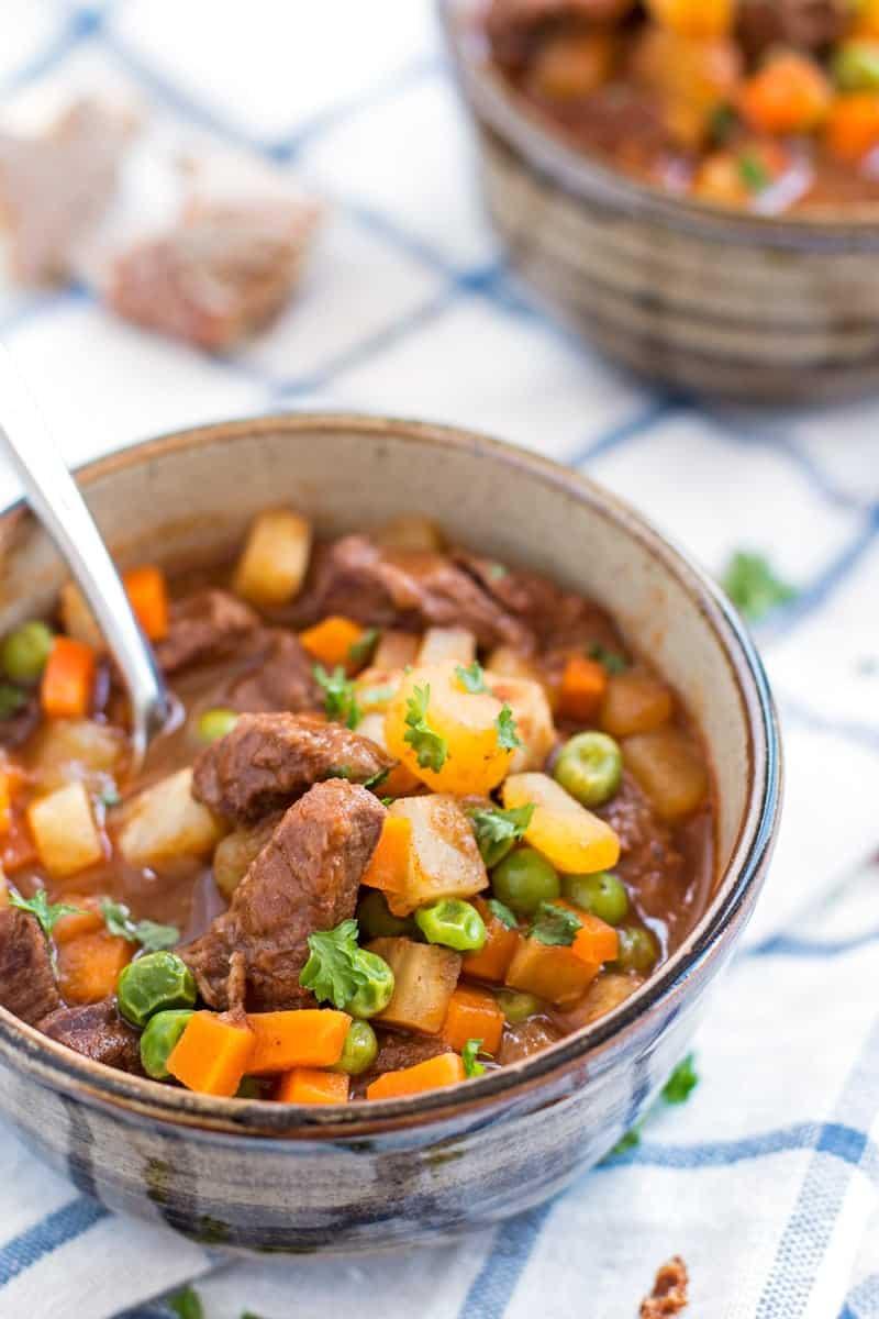 Simple Beef Stew | savorynothings.com