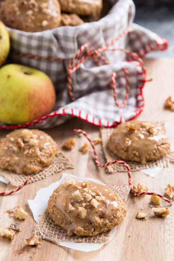 Surprise your family with Soft-Batch Healthier Apple Pie Cookies this Fall. They will never guess these are completely FREE of butter, oil and flour! | savorynothings.com