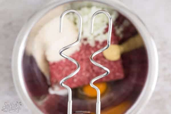 How to make meatballs from scratch: Mixing the meat.