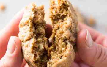 Finished oatmeal cookies.