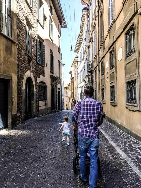 Exploring Bergamo, Italy on foot.