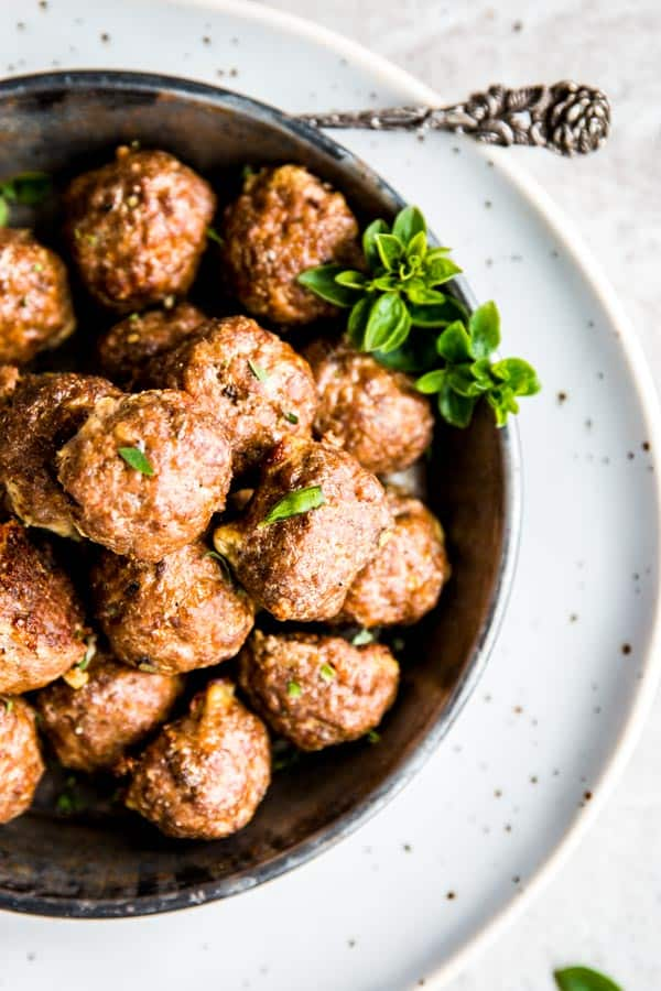 Oven baked meatballs are juicy and evenly browned!