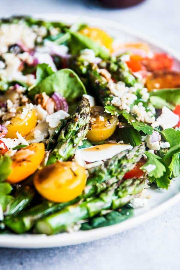 Close up photo of Quinoa Spinach Salad with Asparagus.