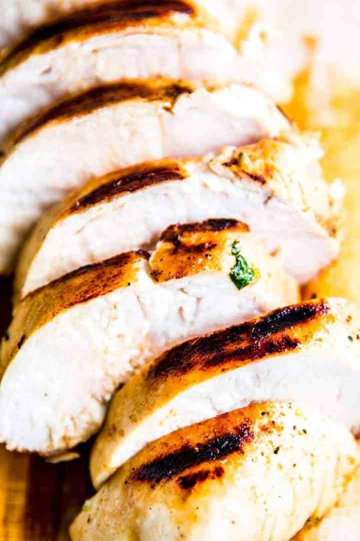lemon garlic grilled chicken, sliced